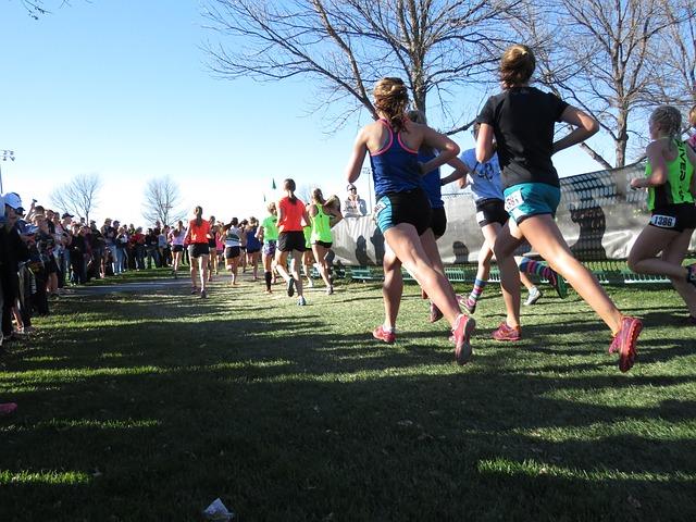 závodníci běhu