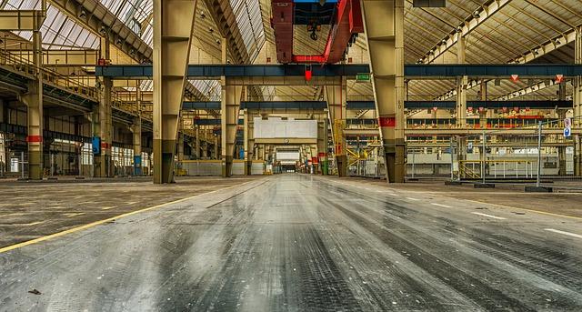 cesta v továrně.jpg