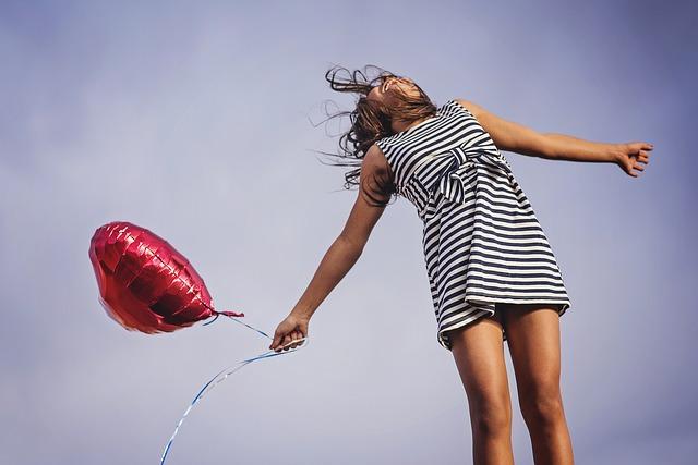 srdíčkový balonek.jpg