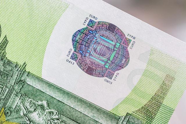 detail bankovky.jpg