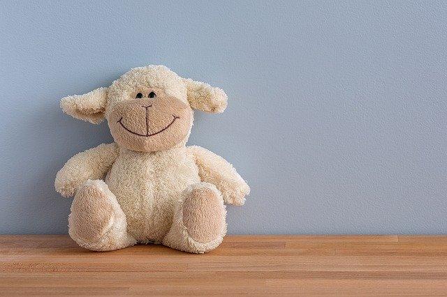 usměvavá ovečka